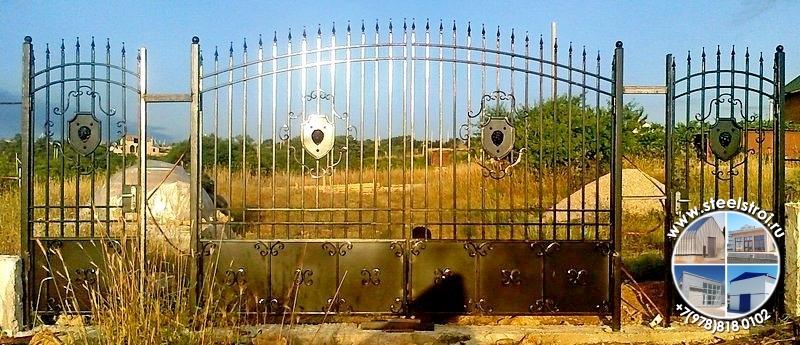 Металлические утепленные ворота с калиткой